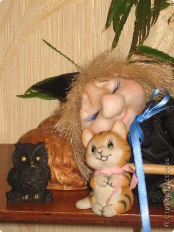 Маленькая ведьмочка по пути на Лысую гору прилегла отдохнуть... фото 3