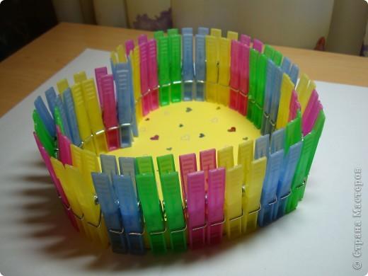 Эти коробочки можно сделать разной формы.К ближайшему празднику, Валентинову дню, у нас получились коробочки-сердечки. фото 9