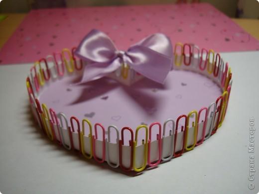 Эти коробочки можно сделать разной формы.К ближайшему празднику, Валентинову дню, у нас получились коробочки-сердечки. фото 11