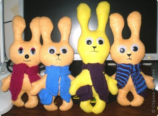 Первыми пошились эти зайцы. фото 4