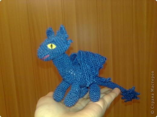 """После просмотра мультика """"Как приручить дракона"""", дочурка стала требовать от меня Беззубика - милейшего дракончика из рода ночных фурий. фото 1"""