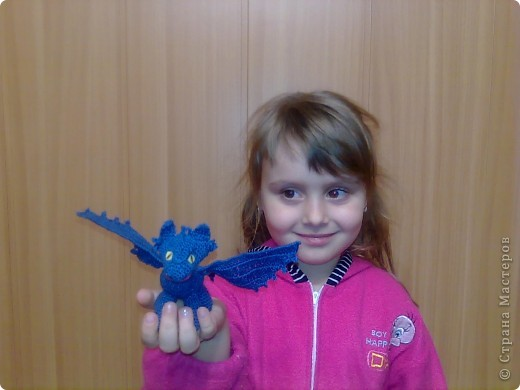 """После просмотра мультика """"Как приручить дракона"""", дочурка стала требовать от меня Беззубика - милейшего дракончика из рода ночных фурий. фото 7"""