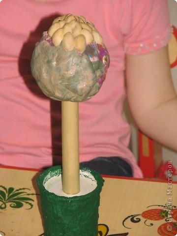 """Давно сохранила себе в копилочку МК Татьяны Просняковой (http://stranamasterov.ru/techno/pistachio_tree?tid=451%2C659) и скорлупу собрали, но никак не решалась предложить дочке сделать такое """"дерево""""... и тут Маша спросила: """"а это зачем лежит??"""" фото 5"""