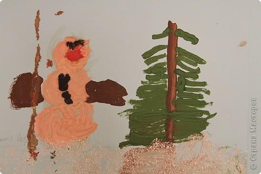 Эти рисунки и поделки сделала дочка в ноябре и в декабре на занятиях. Это наш витражик новогодний. фото 2