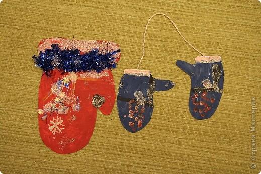 Эти рисунки и поделки сделала дочка в ноябре и в декабре на занятиях. Это наш витражик новогодний. фото 8