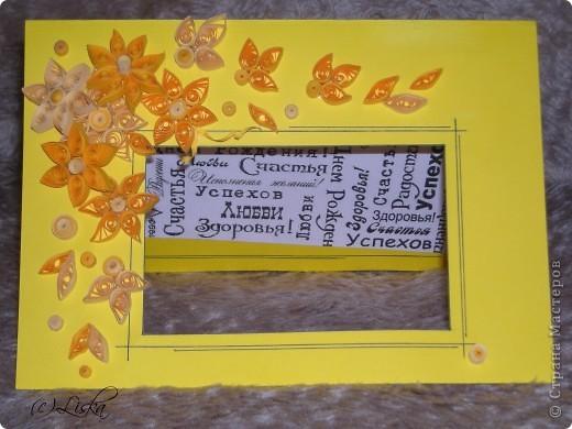 Желтые цветы на желтом фото 3