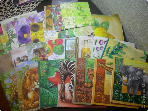 У меня собралась коллекция салфеток для декупажа, выложила альбом в контакте. Может кому-нибудь будет интересно - http://vkontakte.ru/albums57907565
