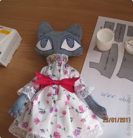 """Вот такую Мурку мы с дочкой сваяли за выходные дни.А оригинал тут: www.nkale.ru """" в каждой игрушке сердце"""". фото 7"""