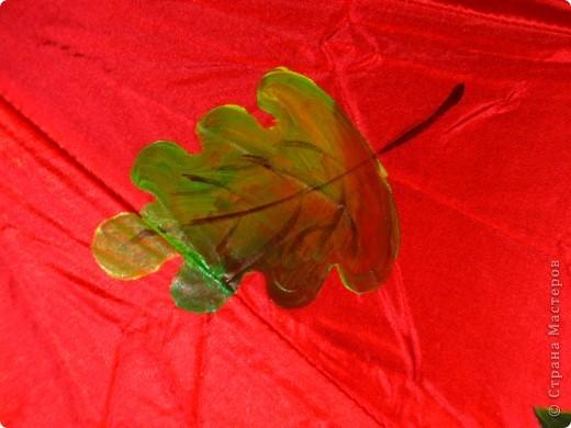 этот зонтик  не  удалось  сфотографировать при дневном свете ,вечером рисовала ,а утром  уже  подарила дочкиному классному  руководителю на День Учителя фото 2