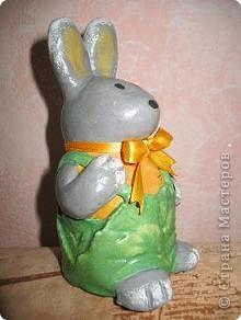 моя первая поделка - Зайчишка в капустных штанишках фото 2