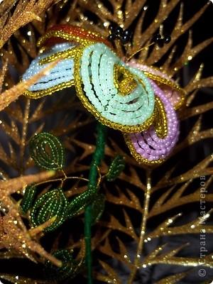 Задумка была такой : Лесные чащи в которых расцвел этот сказочный цветочек! Также можно с обратной стороны листка прикрепить свои желания))) фото 3