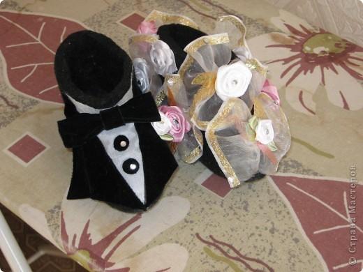 Очень оригинальный свадебный подарок для молодоженов сделан из валенок фото 3