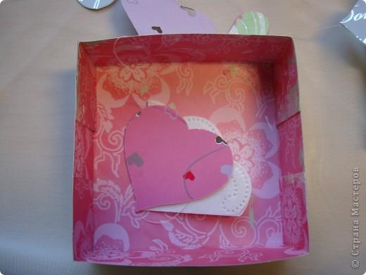 Существуют такие коробочки, которые открываешь и из них вылетают бабочки.А у меня сердечки, конечно не вылетают, но все же... фото 11
