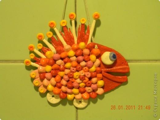 Вот такую чудо-юдо рыбу я сотворила из теста. Идея позаимствована на просторах интернета.
