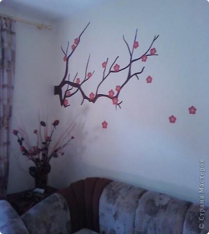 """Роспись стен """"Зимняя вишня"""". (в гостиной ) фото 1"""