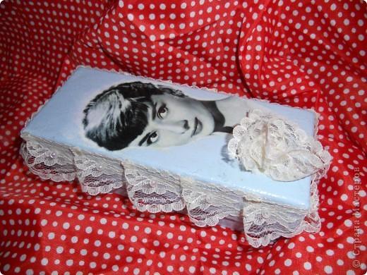 украсила шкатулку тесьмой, и она стала более органично выглядеть. фото 1