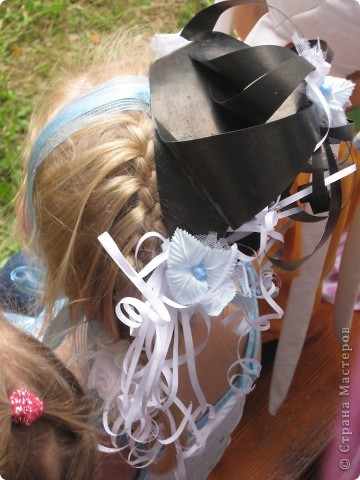 Эти шляпки я делала девочкам в садик на конкурс шляпок . фото 2