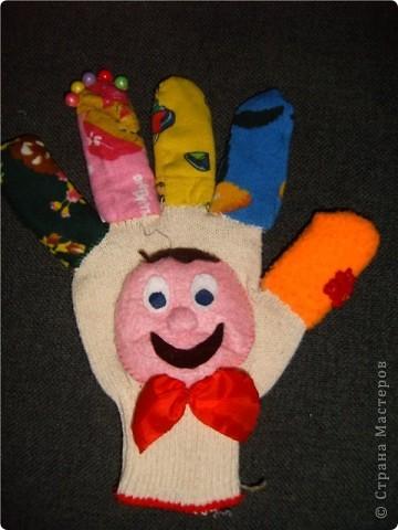 Самая первая перчатка фото 3