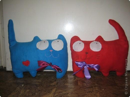 Вот таких котиков я решила сшить в качестве подарков к грядущим праздникам. фото 1