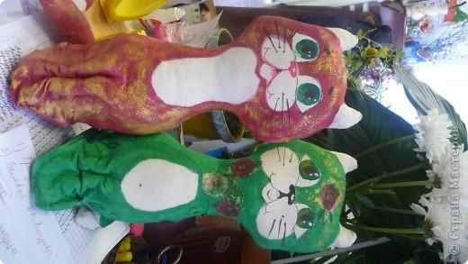 Вот такая замечательная кошачья компания родилась под новый год у моей коллеги Девятковой Ирины Алексеевны и ее кружковцев в подарок детям-сиротам и детя, с ограниченными возможностями здоровья. фото 2