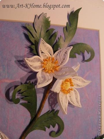Очередная работа - фантазийные цветы. Листья выполнены из ханди. Фон - несколько слоев рисовой бумаги. фото 2