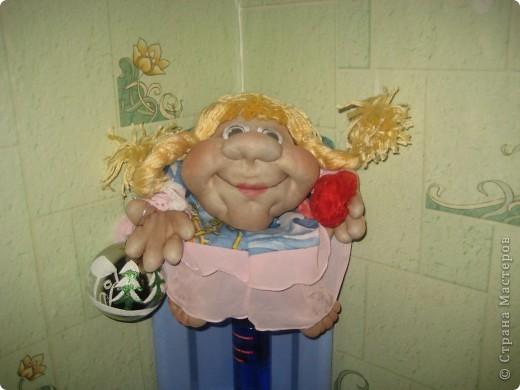 Эти забавные игрушки мне понравились и я пошила две куколки. Это вторая, сын её назвал Марфа. фото 1