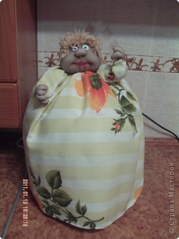 Недавно купили хлебопечь. Чтоб она не пачкалась на кухне, решила сделать на неё чехол. Вот что из этого получилось: фото 1