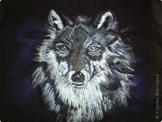 """Волчица. Вышивка шерстью по шифону . Анималистическая гладь. Для журнала """"Изящное рукоделие"""" фото 1"""