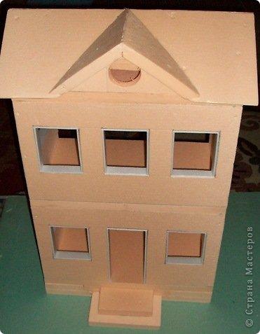 Вот такой небольшой домик сделали  для детей детского сада. фото 18