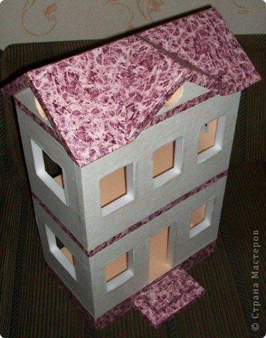 Вот такой небольшой домик сделали  для детей детского сада. фото 23