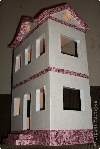 Вот такой небольшой домик сделали  для детей детского сада. фото 25
