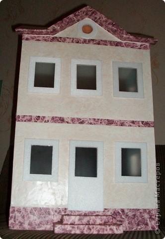 Вот такой небольшой домик сделали  для детей детского сада. фото 28