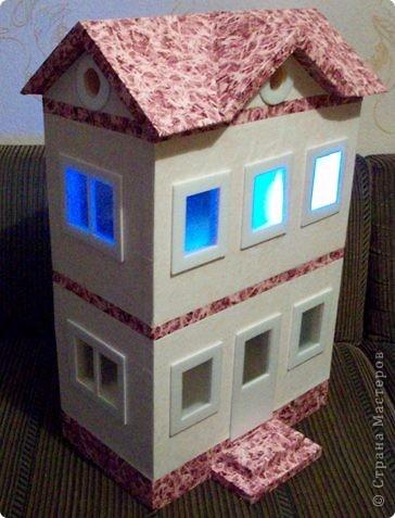 Вот такой небольшой домик сделали  для детей детского сада. фото 30