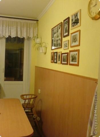 Вот решила показать антикризисный способ обновить кухонный интерьер.  Все началась с того, что мы несколько лет назад переехали в новую квартиру. Своей мебели не было совсем. А замечательные бывшие хозяева оставили нам в наследство старый кухонный гарнитур.  фото 6