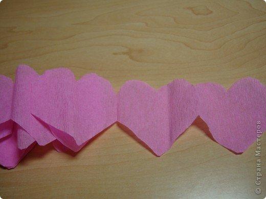 Еще одна Валентинка,которая превращается в гирлянду из сердечек. фото 5