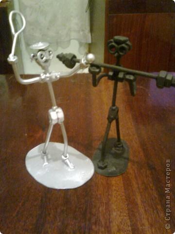 Работы мужа - Металлические человечки фото 2