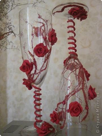 розы в красном фото 2