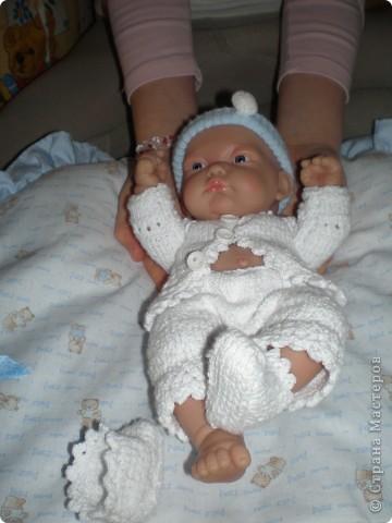 Мне голышок и так нравился, но дочка обязательно хотела что бы у него одежда была. фото 2