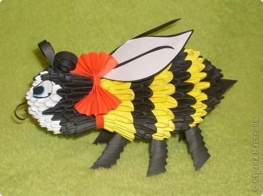 Вот такая пчелка у меня получилась! фото 1