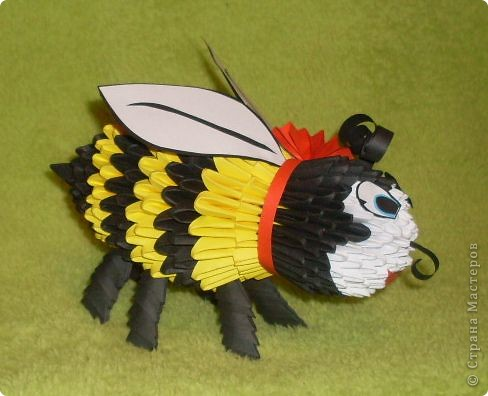 Вот такая пчелка у меня получилась! фото 3