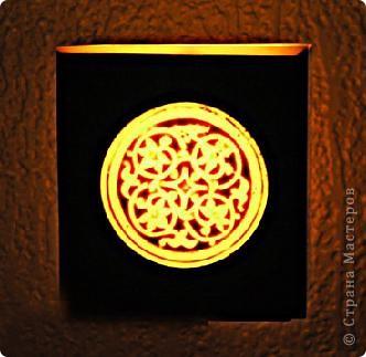"""Уважаемые посетители """"Страны мастеров""""! Хочется поделится с вами красотой которую производят марокканские ремесленники. Фотосфоры- это подсвечники в которые встраиваются металлические украшения или подсвечники, которые расписывают  хной. Смотрится просто здорово! Надеюсь они и вам понравились. фото 7"""