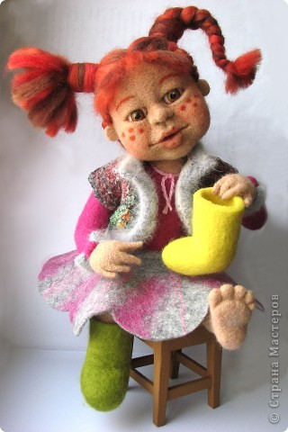 Валяная кукла