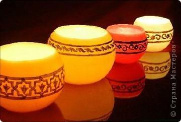 """Уважаемые посетители """"Страны мастеров""""! Хочется поделится с вами красотой которую производят марокканские ремесленники. Фотосфоры- это подсвечники в которые встраиваются металлические украшения или подсвечники, которые расписывают  хной. Смотрится просто здорово! Надеюсь они и вам понравились. фото 14"""