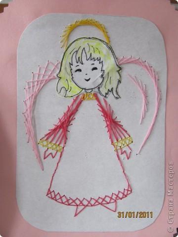Вот таких ангелочков мы вышивали на Рождество. Их можно вышить и к Пасхе. фото 2