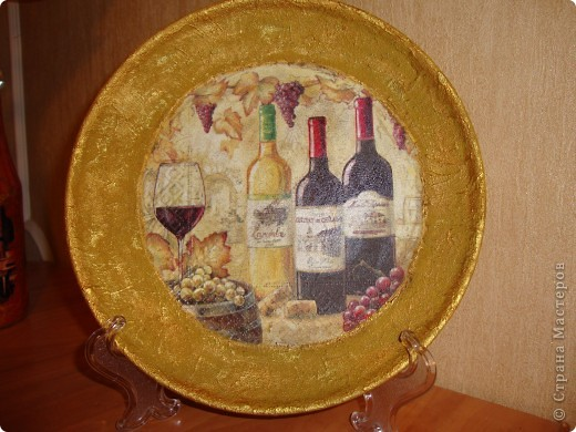 Прямой декупаж-краска с эффектом керамики,три оттенка золотой краски,кракелюр,лаки. фото 1