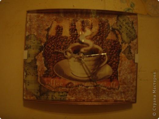 """""""Лилии и жемчуг"""". Декупажная карта, 3Д гель, контур с эффектом жемчужин, акриловый контур, акриловые краски, матовый акриловый лак. фото 3"""