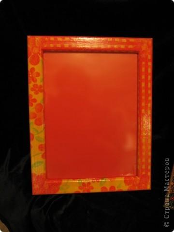 Эти рамочки предназначены для зеркал. Это подарки двум моим подружкам на ДР. К ним еще будет кое-что.  Зеркало надо резать - жду мужа.))) фото 2