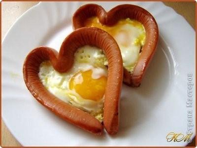 """Идея не моя, в интернете нашла эти вкусные """"валентинки"""", решила поделиться находкой, ведь скоро праздник, может кому-нибудь пригодится идея для романтического завтрака или ужина. фото 1"""