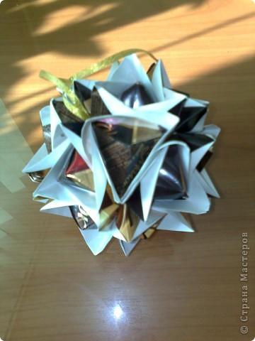 Сделана из шоколадных оберток  фото 1