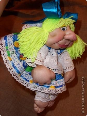 Моя Марусечка -  красавица! Шикарный подарок к празднику 8 марта! На удачу, на счастье! Можно сделать подвеску, вообще хорошо сидит на ножках. Мне понравились куклы Оли О http://stranamasterov.ru/node/122333 Все делала по МК pawy Спасибо мастерицам! фото 3